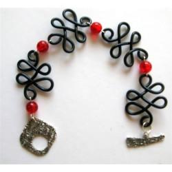 Bracelet noir et rouge craquelé