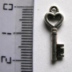 """Breloque """"clé coeur"""""""