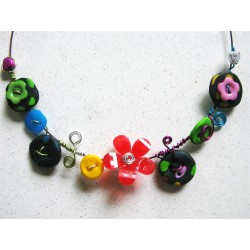 Collier multicolore fimo pois