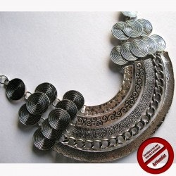 Collier incas (Attention produit non artisanal)