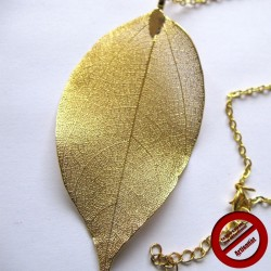 Collier grande feuille dorée (Attention produit non artisanal)
