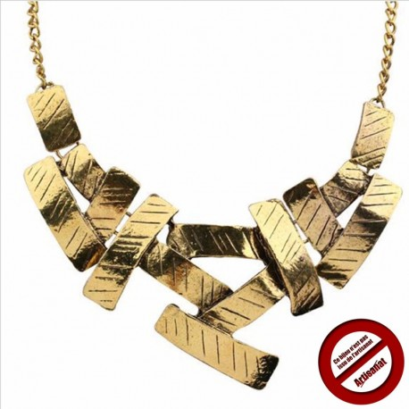 Collier plaques dorées (Attention produit non artisanal)
