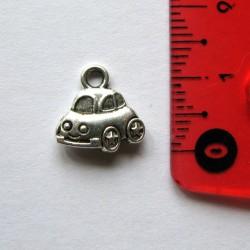 """Breloque """"petite voiture"""""""