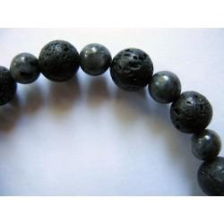 Bracelet en pierres fines (agate noire) et pierre de lave