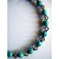 Bracelet en pierres fines (agate turquoise) et toupie swarovski