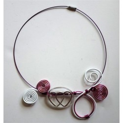 "Collier ""forever"" : collier coeur fil alu rose et blanc"