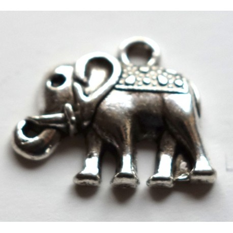 "Breloque ""éléphant"""