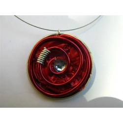 Collier cable fin capsule rouge, strass et fil alu rouge
